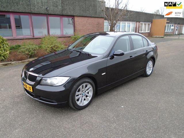 BMW 3-serie 318i Business Line Automaat N.A.P