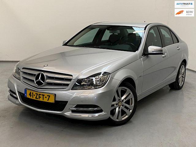 Mercedes-Benz C-klasse 180   Comand / Avantgarde / Automaat /