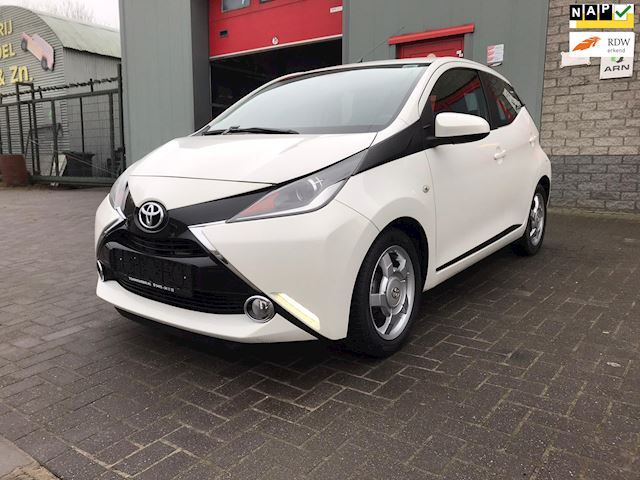 Toyota Aygo 1.0 VVT-i x-cite