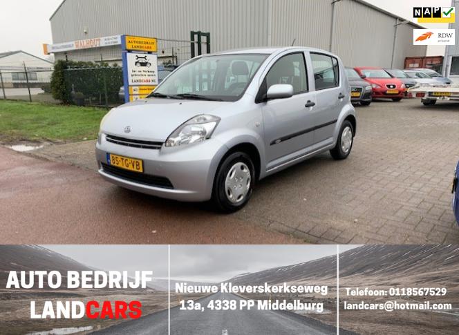 Daihatsu Sirion 2 occasion - Land Cars Middelburg