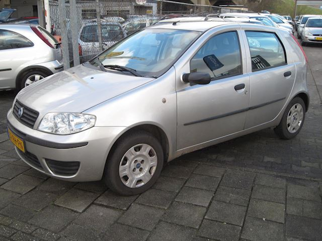 Fiat Punto 1.2 Active st bekr 5 drs airco nap apk