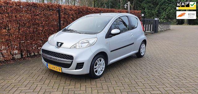 Peugeot 107 1.0-12V XS, Nieuwstaat