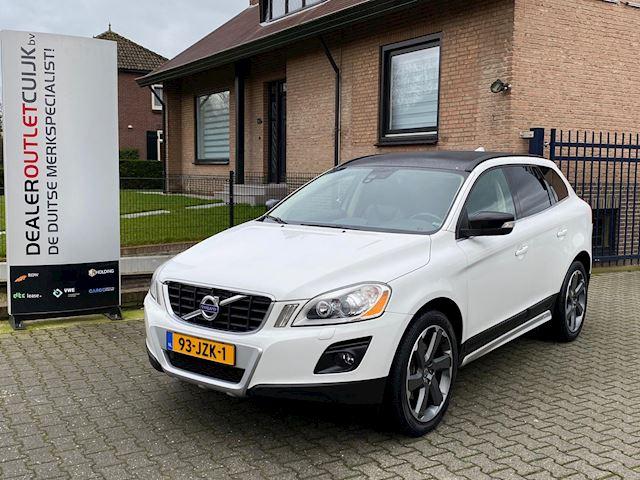 Volvo XC60 2.4 D5 AWD Momentum Aut Xenon Nieuwstaat