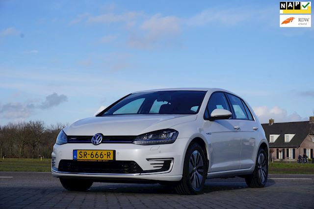 Volkswagen Golf 1.4 TSI GTE, Automaat, Parkeersensoren voor en achter, Navigatie, Airconditioning, LM Velgen