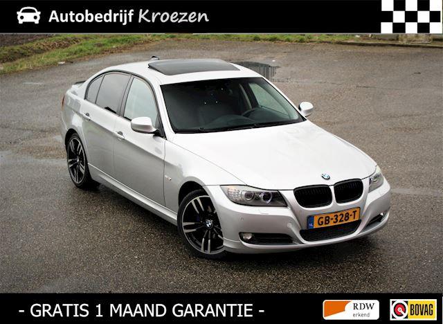 BMW 3-serie 318i High Executive * Grootbeeld * Schuifdak * Leder *
