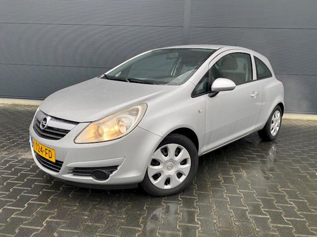 Opel Corsa 1.2-16V bouwjaar 2008 (( nette auto ))