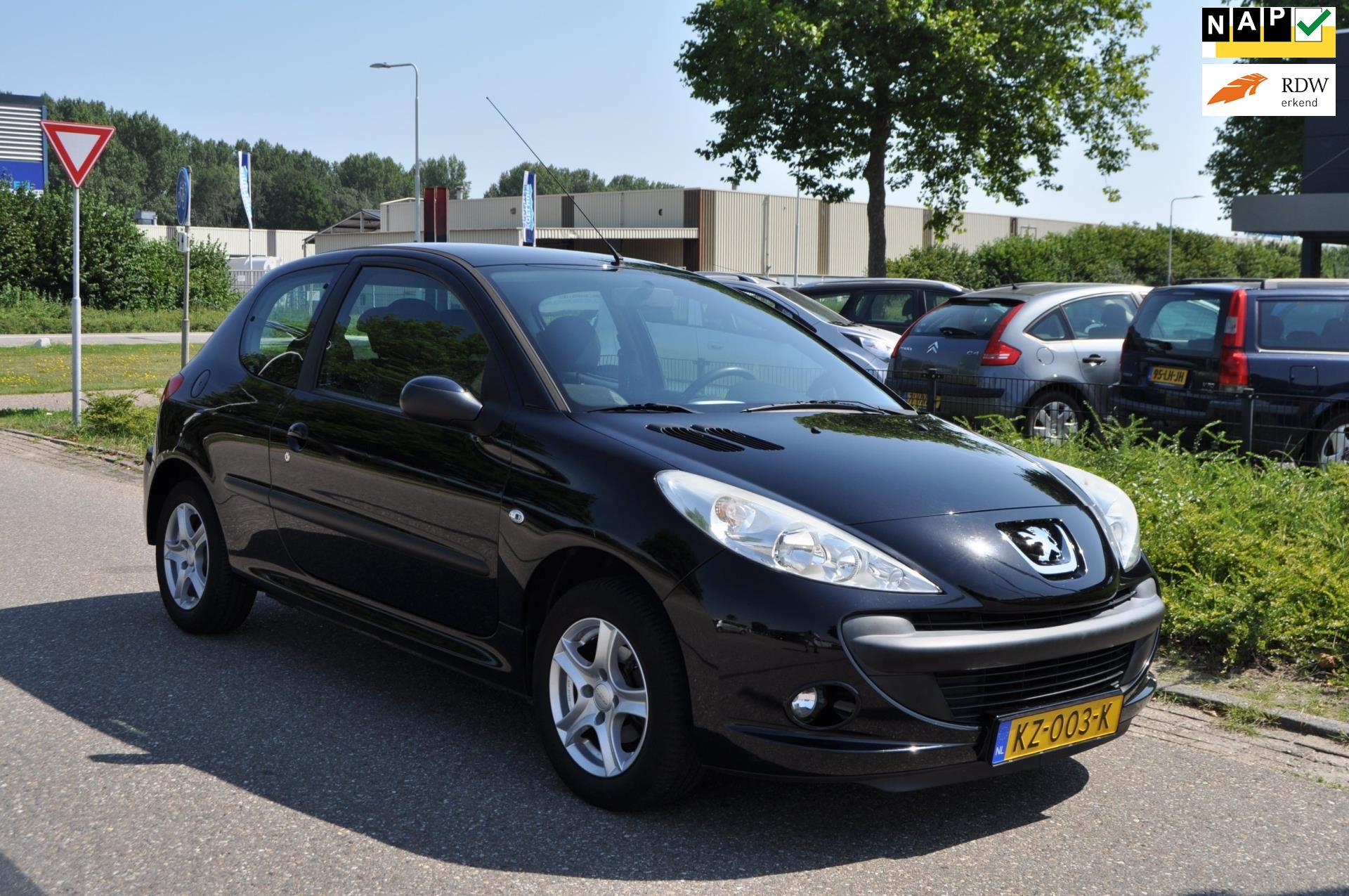 Peugeot 206  occasion - Autobedrijf Bangma