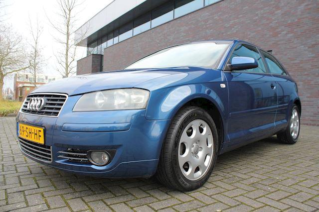 Audi A3 2.0 FSI Attraction
