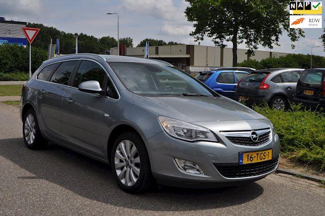 Opel Astra Sports Tourer 1.4 Turbo Cosmo/CLIMA AIRCO/LM-VELGEN/NAVIGATIE/nieuwe APK/1e EIGENAAR/ZEER NETTE EN COMPLETE UITVOERING