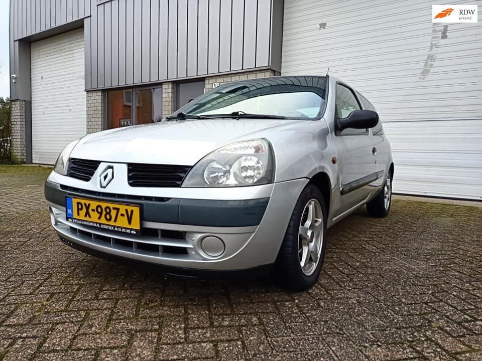 Renault Clio occasion - Handelsonderneming Schouten