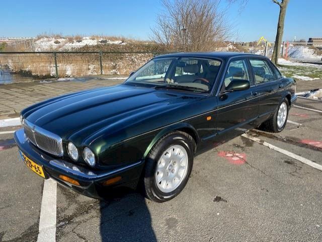 Jaguar XJ occasion - Garage Stouten en Keijmel