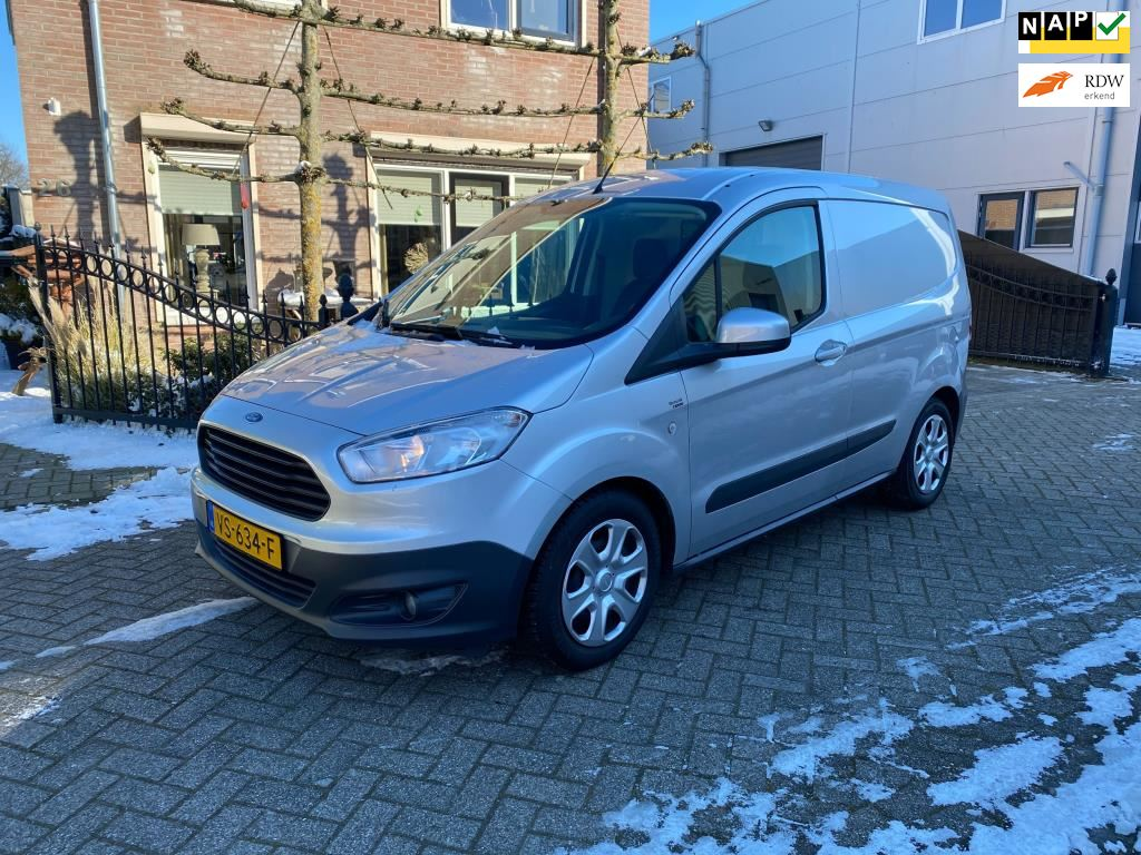 Ford Transit Courier occasion - Van den Berg autos