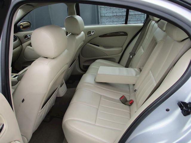 Jaguar S-type 4.2 V8 Sport AUT NAVI LEER SCHUIFDAK VOL OPTIES !