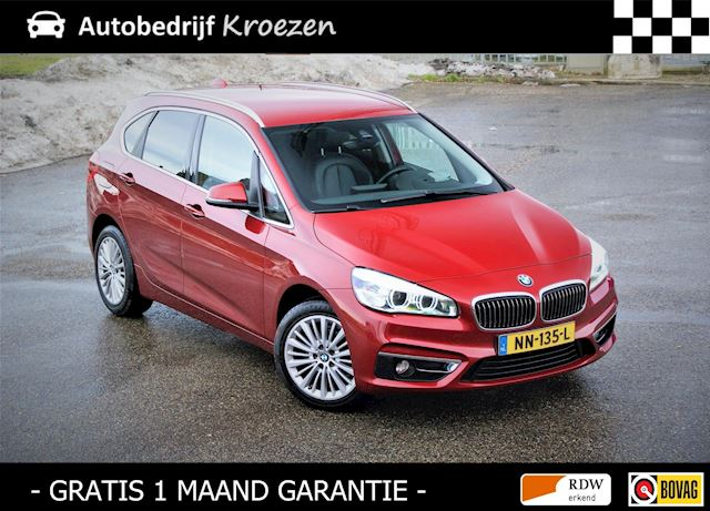 BMW 2-serie Active Tourer 216d Centennial High Executive * Leder * HUD * Navigatie *