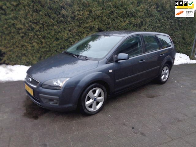 Ford Focus Wagon 1.8 TDCI Futura handel of export!