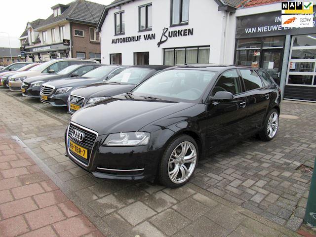 Audi A3 Sportback 1.2 TFSI Attraction Pro Line Business,Navigatie,Cruise control,Climate control,Trekhaak