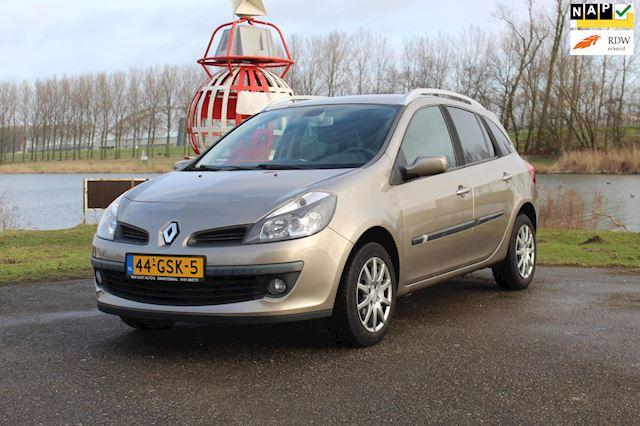 Renault Clio 1.6-16V Dynamique *Nieuwe APK