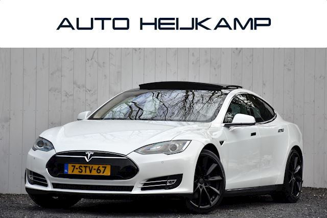 Tesla Model S 85 Performance | Free Charging | Luchtvering | Pano-dak | € 31.399,- Incl. BTW