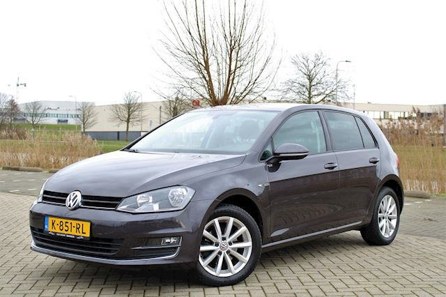 Volkswagen Golf 1.2 TSI Lounge 110 PK ! CLIMA l PDC l CRUISE