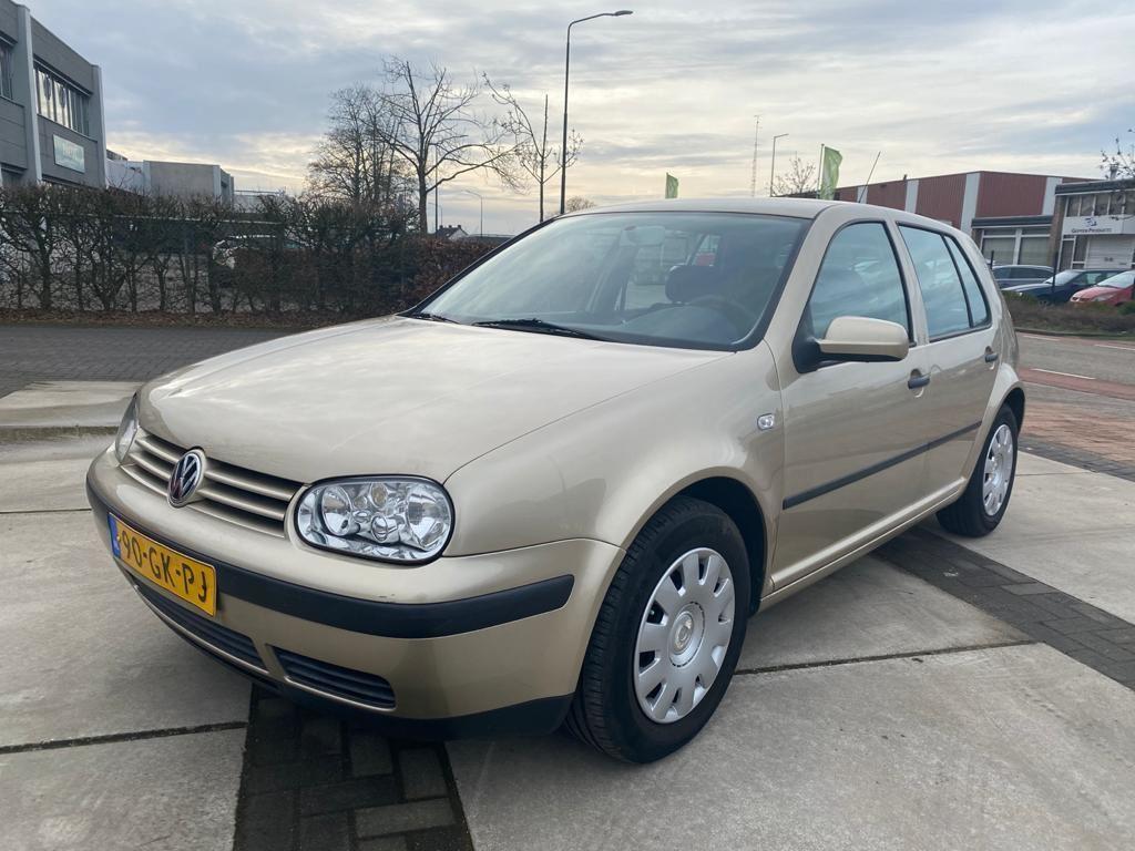 Volkswagen Golf occasion - A2 Auto's