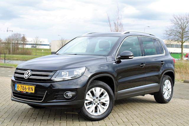 Volkswagen Tiguan 1.4 TSI Sport&Style l AIRCO l PDC l CRUISE