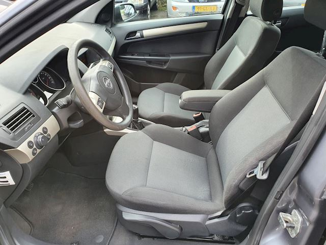Opel Astra 1.6 Temptation, mooie auto,goed onderhouden