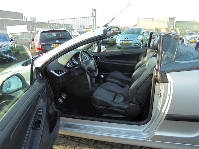 Peugeot 207 CC 1.6 VTi, Vol leder, Airco, APK 01-2022