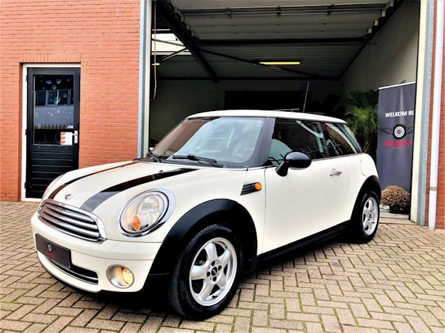 Mini Mini 1.4 One 95pk/ PANO,DAK/ CRUISE/ AIRCO/ Bluetooth/ NIEUWE APK