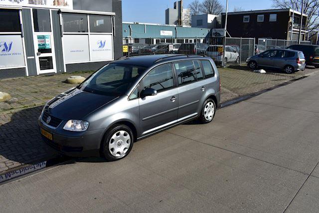 Volkswagen Touran 1.6-16V FSI Trendline 7persoons!