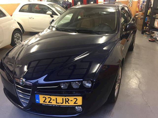 Alfa Romeo 159 Sportwagon 1.75 T Distinctive, met afneembare trekhaak