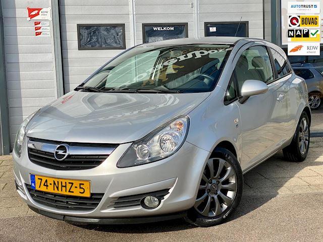 Opel Corsa 1.4-16V '111' Edition, NAP, CruiseC, APK, Airco