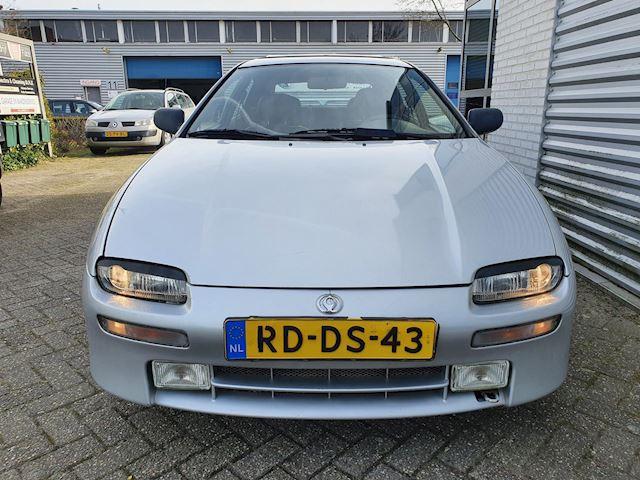 Mazda 323 1.8i F GLX/Voll leder/4xElektrische ramen/Dakje/APK 02-2022