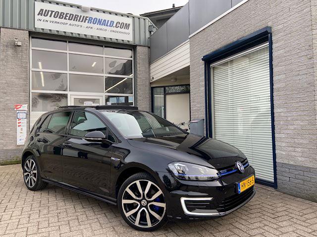 Volkswagen Golf 1.4 TSI GTE Highline Panoramadak/Adaptive.Cruise/Led/Automaat/Trekhaak/Ex.Btw