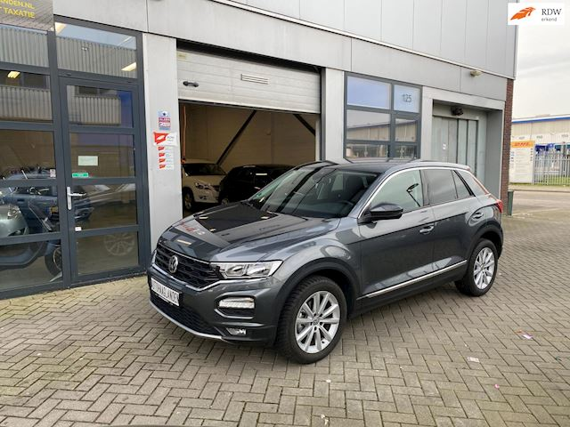Volkswagen T-Roc 1.0 TSI Style ACC-CARPLAY-LANE ASSIST- VW SERVICE-6 M GARANTIE