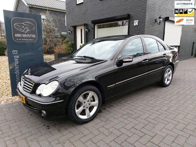 Mercedes-Benz C-klasse 180  Avantgarde Automaat
