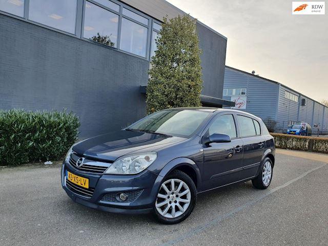 Opel Astra 1.8/AUTOMAAT/APK 11-02-2022/AIRCO/CRUISE/ 2 X SLEUTELS/BOEKJES/NAP