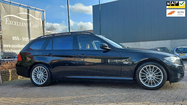 BMW 3-serie Touring 320i High Executive  Xenon/Leer/Pano/Navi/Airco/17Inch