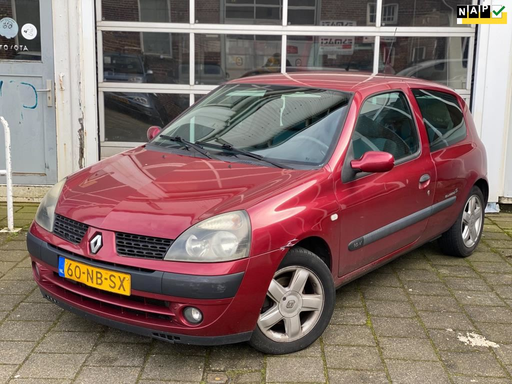 Renault Clio occasion - Autobedrijf Esmati