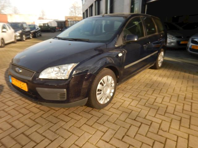 Ford Focus Wagon 1.6-16V Trend/Nette Auto/N.A.P.!!