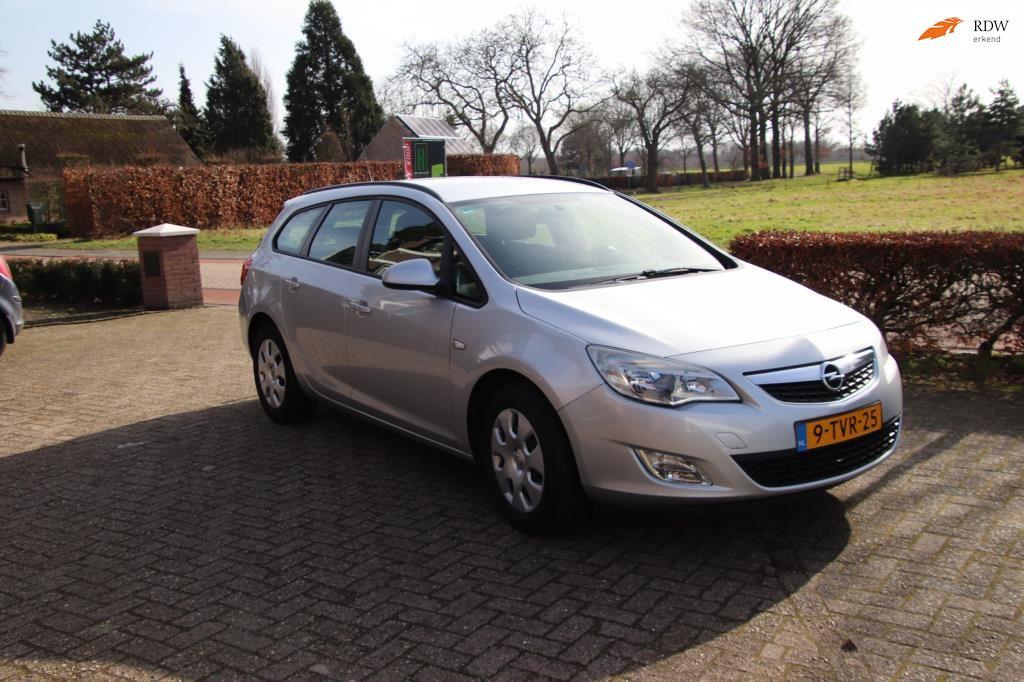 Opel Astra Sports Tourer occasion - Automobielbedrijf M. van Esch
