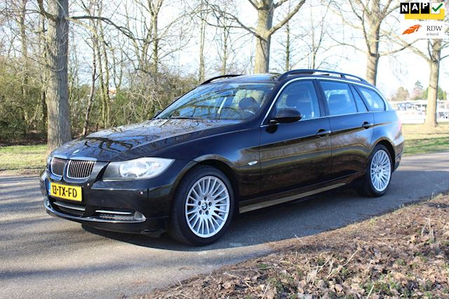 BMW 3-serie Touring 330i High Executive *1e EIG ! *Dealer Ondrhouden !