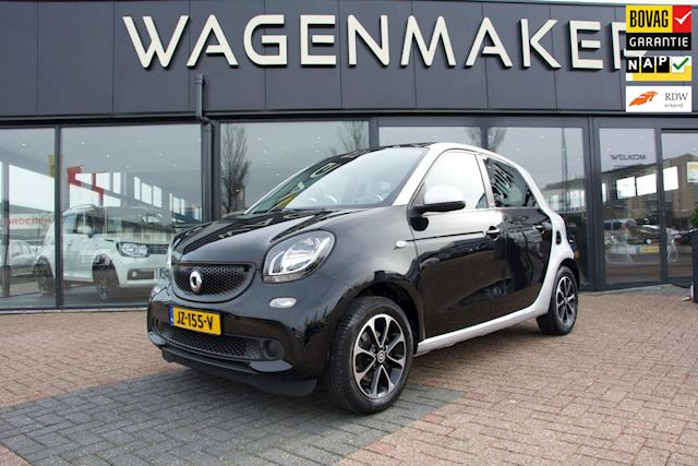 Smart Forfour 1.0 Proxy Clima Cruise PANO Spraakbed Netjes