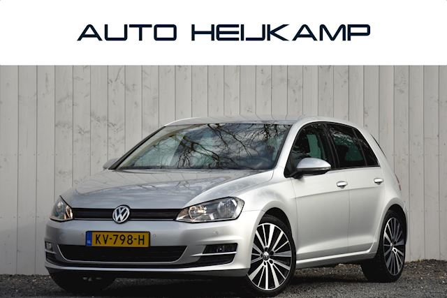 Volkswagen Golf 1.0 TSI 116PK Connected Series | Navi | Camera | 18