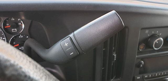 Chevrolet USA Chevy Van Express  B.J 2011 met een 6.0 V8 350-PK lange uitvoering  met 10 zitplaatsen