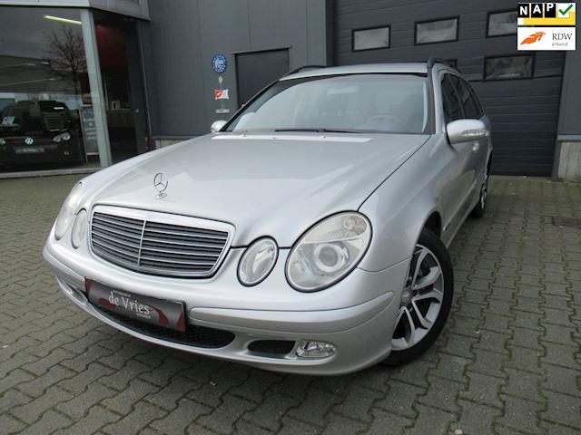 Mercedes-Benz E-klasse Combi 240 Classic Combi / Automaat / Lmv / Cruise / Navi / Clima / Nieuwstaat