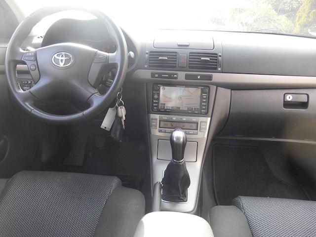 Toyota Avensis 2.0 VVTi Luna Business