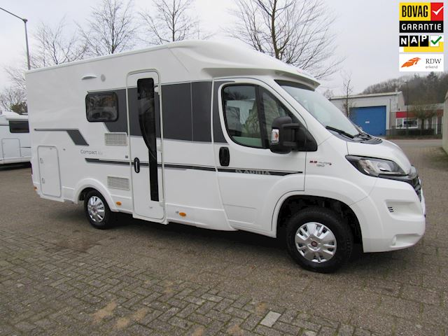 Adria  Compact  SCS Slide Out Queensbed  Nieuw 2020