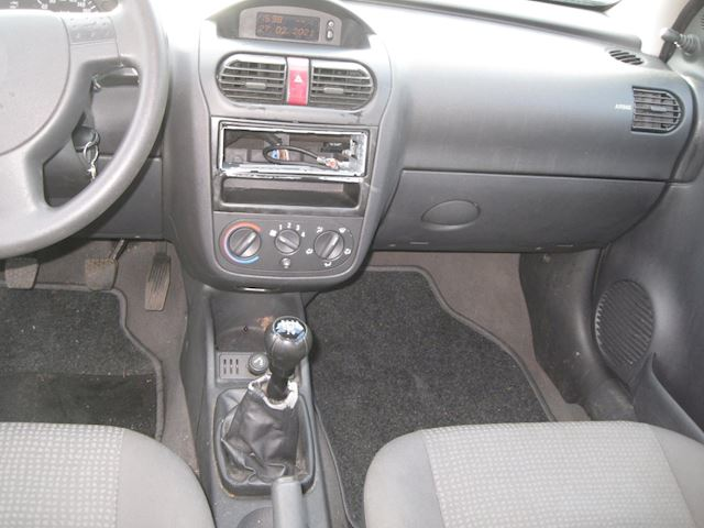 Opel Corsa 1.0-12V Essentia st bekr 5drs elek pak nap apk