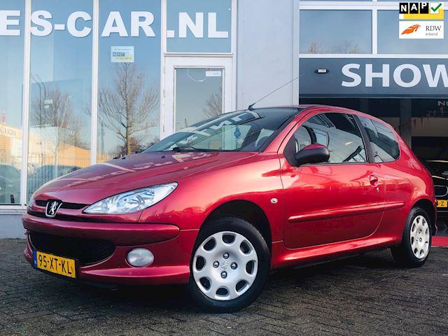 Peugeot 206 1.4 Forever, Airco, 6/12 MAANDEN GARANTIE!!