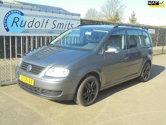 Volkswagen Touran 1.6-16V FSI Business ECC NAVI CRUISE